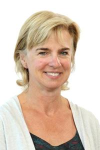 Photo of Professor Sue Dopson