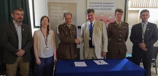 National award for Oxford Health veterans programme