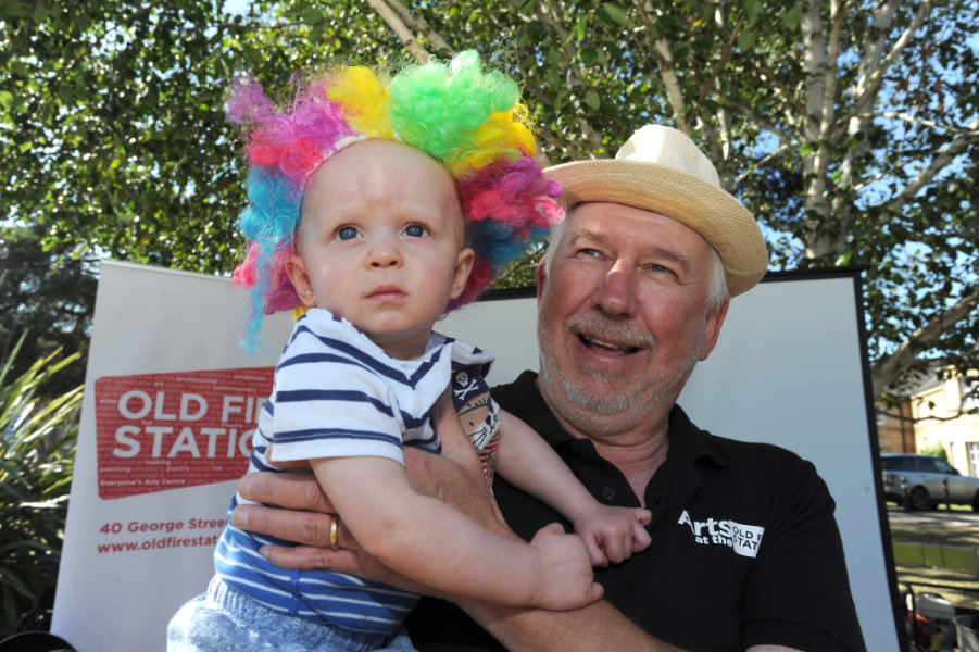The Oxford Health Charity's Healthfest 2019 at The Warneford Hospital, Oxford. Simon Garrood welcomes a young visitor to the Old Fire Station stand.